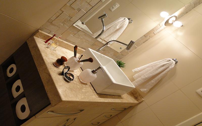 Banheiro suíte do casal – Residência Benjamin Constant – Santiago/RS